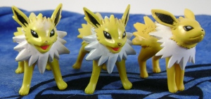 Jolteon Tomy Monster Collection Figures (3)