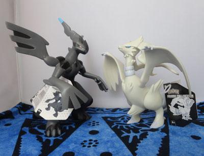 Pokemon Reshiram and Zekrom DX Tomy Figures