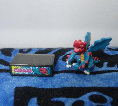 Pokemon Druddigon Stamp and Chupa Figure