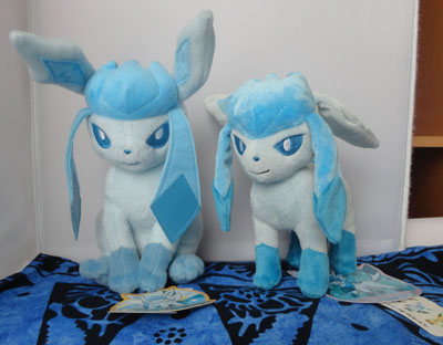 Pokemon Tomy Glaceon Sitting Plush