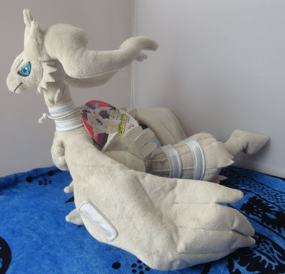 Pokemon Reshiram Posable Minky Tomy Plush