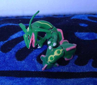 Pokemon Rayquaza Keshipoke Figure