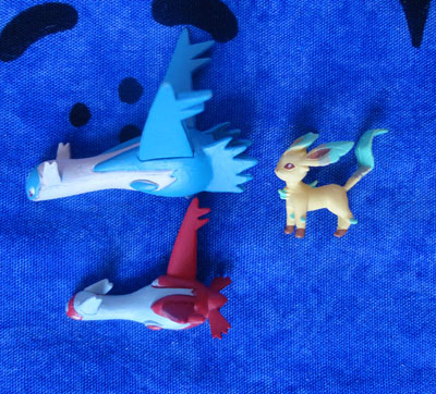 Pokemon Latios, Latias, and Leafeon Zukan Pieces