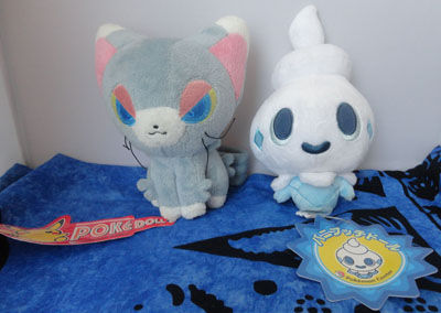 Pokemon Glameow and Vanillite Pokedolls