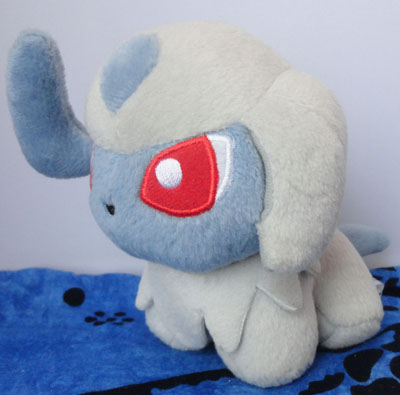 Pokemon Absol Pokedoll