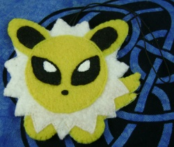 Pokemon Jolteon Cloth Charm
